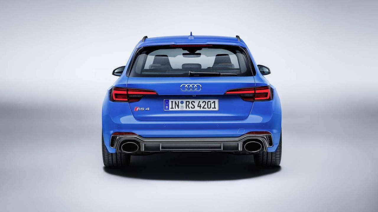 Familiares: Audi RS 4 Avant 2018