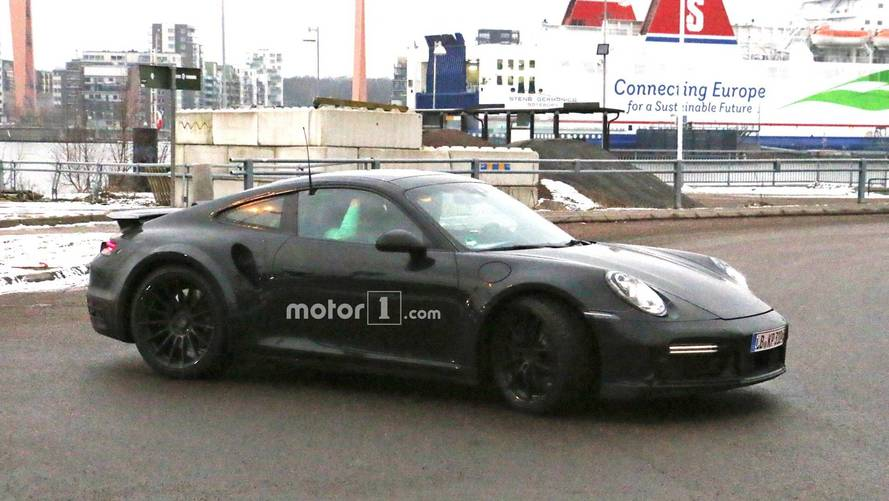 Porsche 911 Turbo New Spy Photos