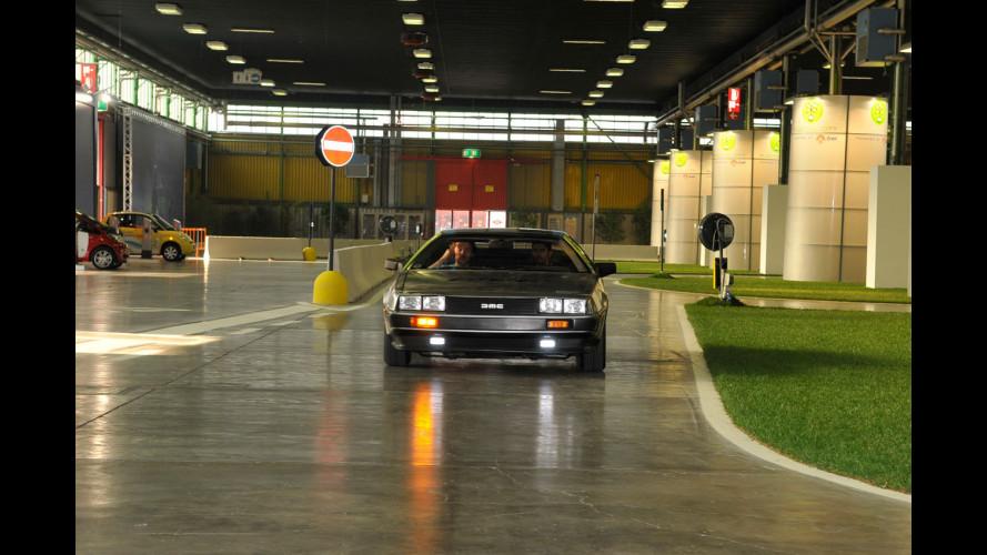 Al Motor Show si guida la DeLorean di