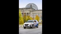 GM HydroGen4 sulle strade di Berlino
