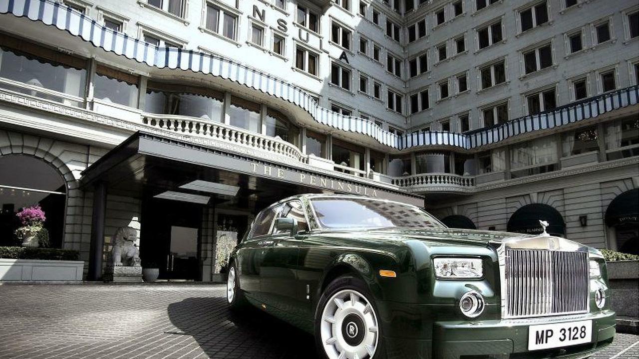Rolls Royce Phantom at The Peninsula Hotel