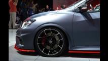 Nissan revela Pulsar Nismo, rival do Golf GTI e do Focus ST - galeria