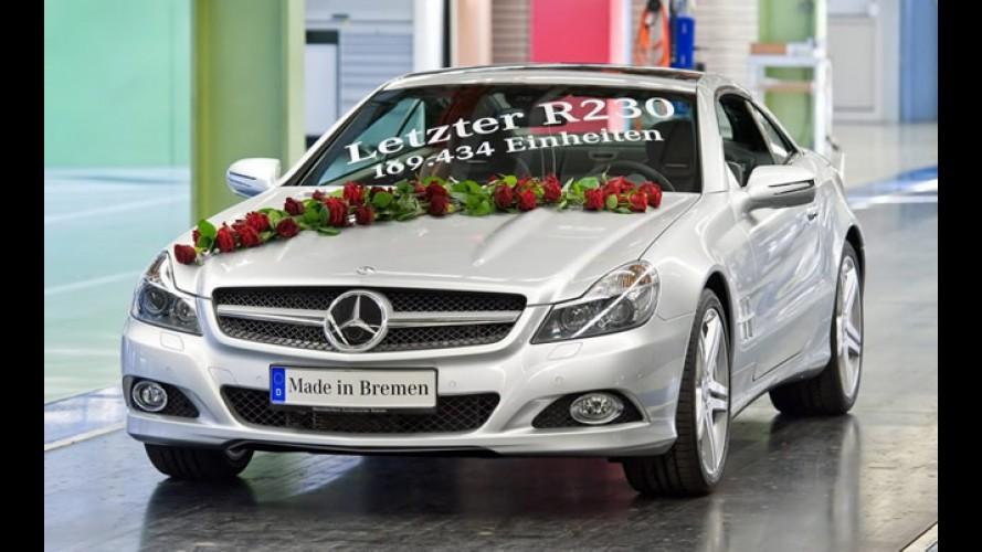 O último Mercedes-Benz SL R230 deixa a linha de produção