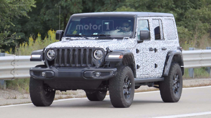 2018 Jeep Wrangler Rubicon Spied With Virtually No Camo