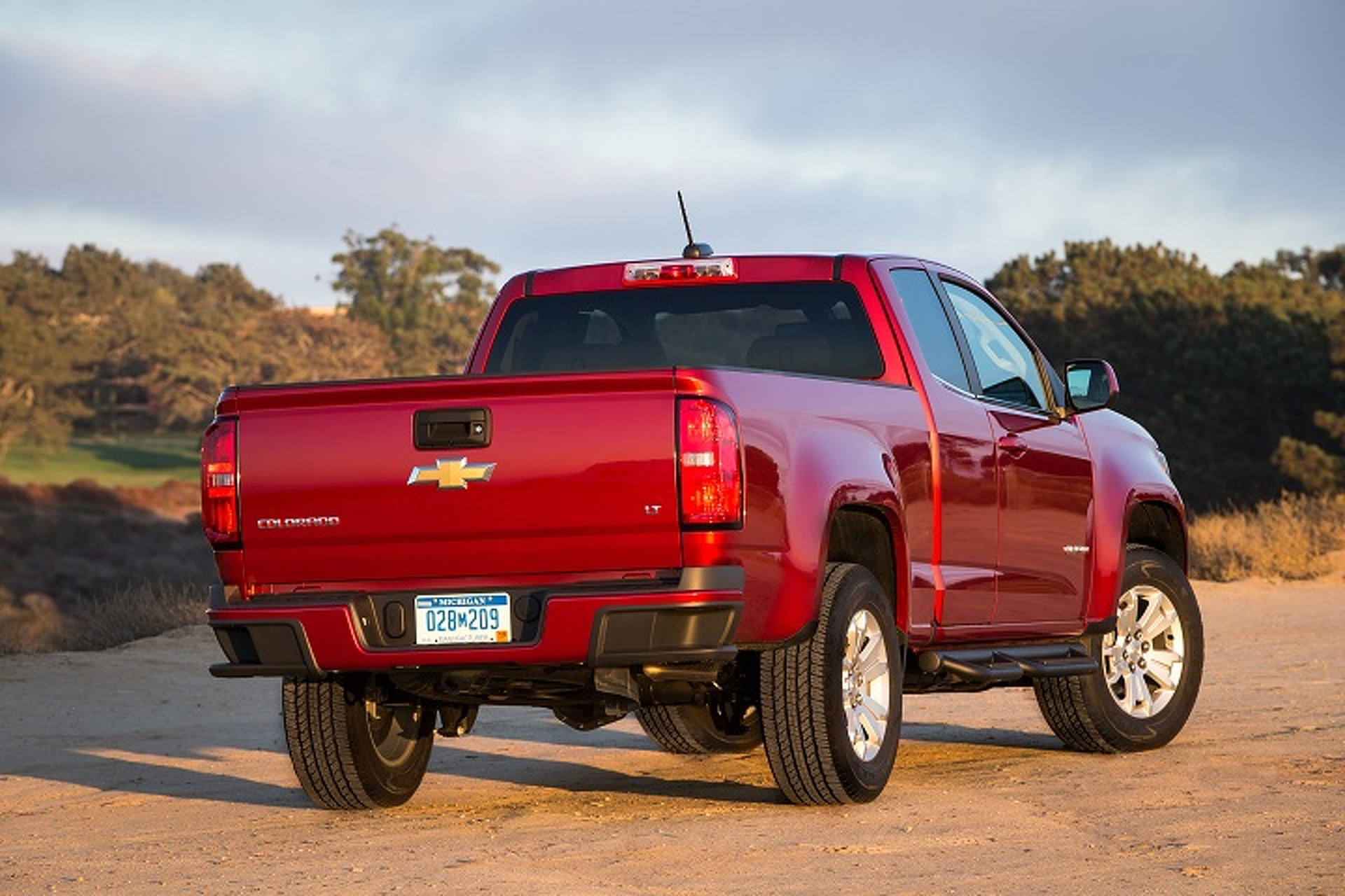 2015 Chevrolet Colorado and GMC Canyon: First Drive