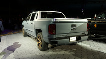 Chevy Silverado High Desert concept live photo