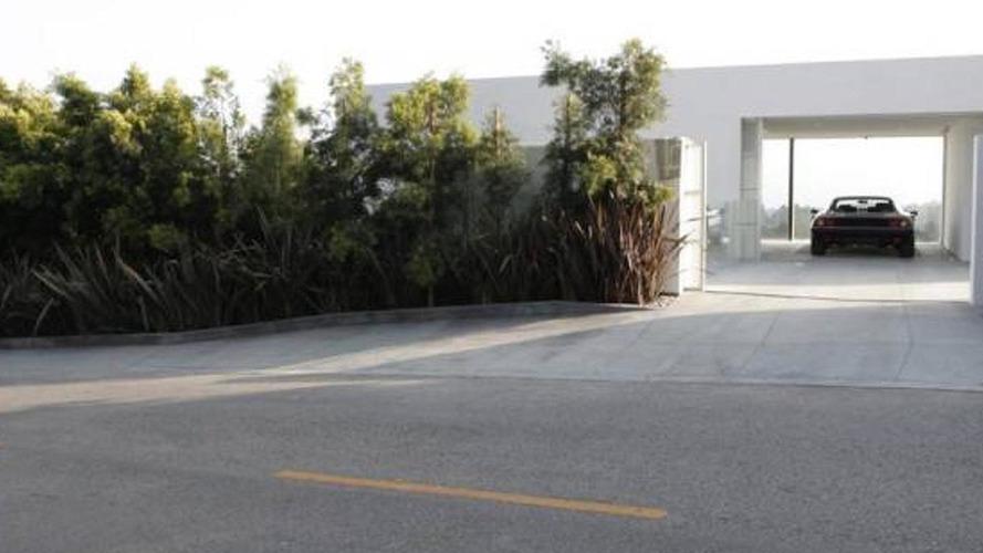 Take a look at a house built around a Ferrari 512 BBi [video]