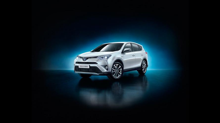 Toyota RAV4, adesso è anche Hybrid
