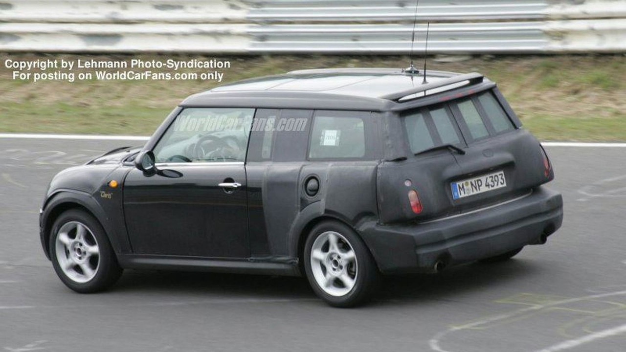 New MINI wagon spy photos