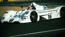Jenny Holzer (USA) 1999 BMW V12 LMR art car - 1600