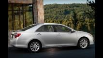 Toyota apresentará novo Camry no Brasil entre os dias 14 e 16 de março