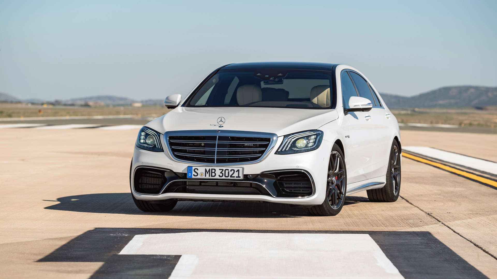 S63 2018 >> Get To Know The 2018 Mercedes Amg S63 Through Promo Videos