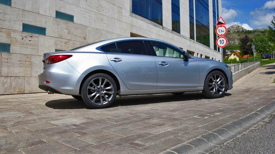 Mazda6 G192 Sportkombi és Mazda6 G165 Sedan Teszt