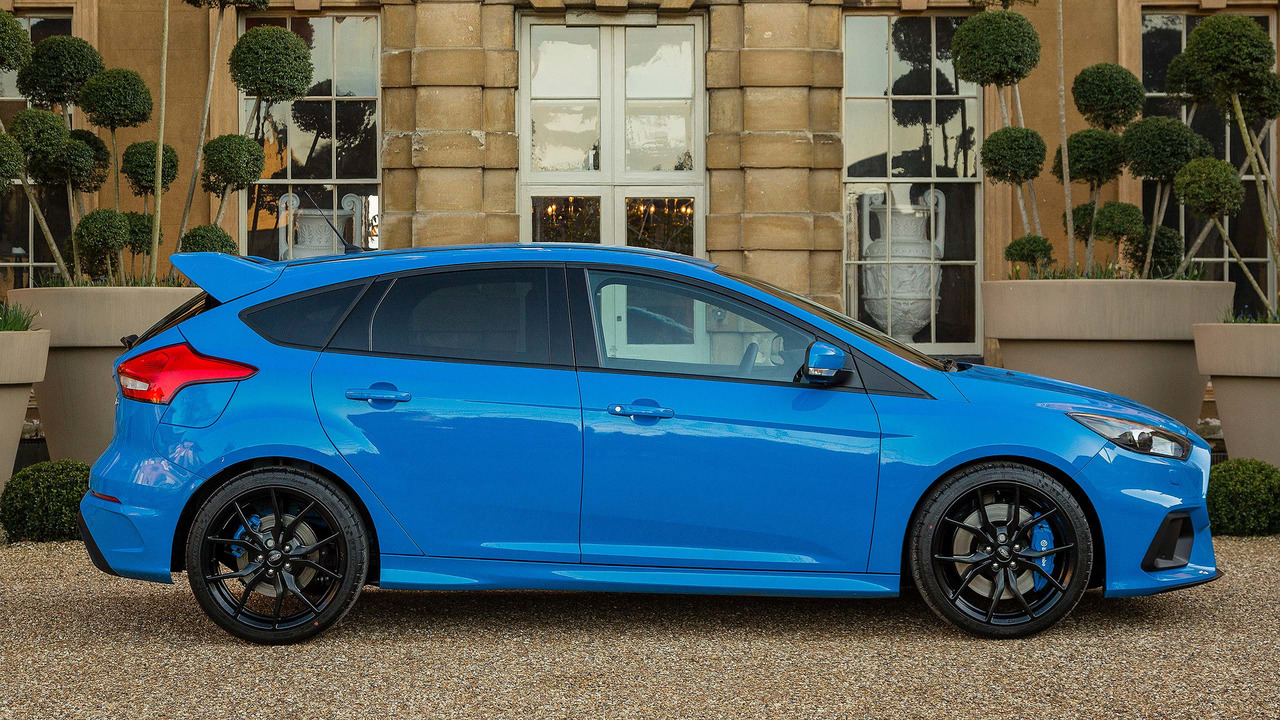 2017 ford focus rs photos. Black Bedroom Furniture Sets. Home Design Ideas