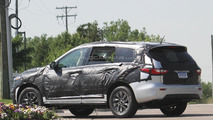 2013 Infiniti JX spy photo - 7.6.2011