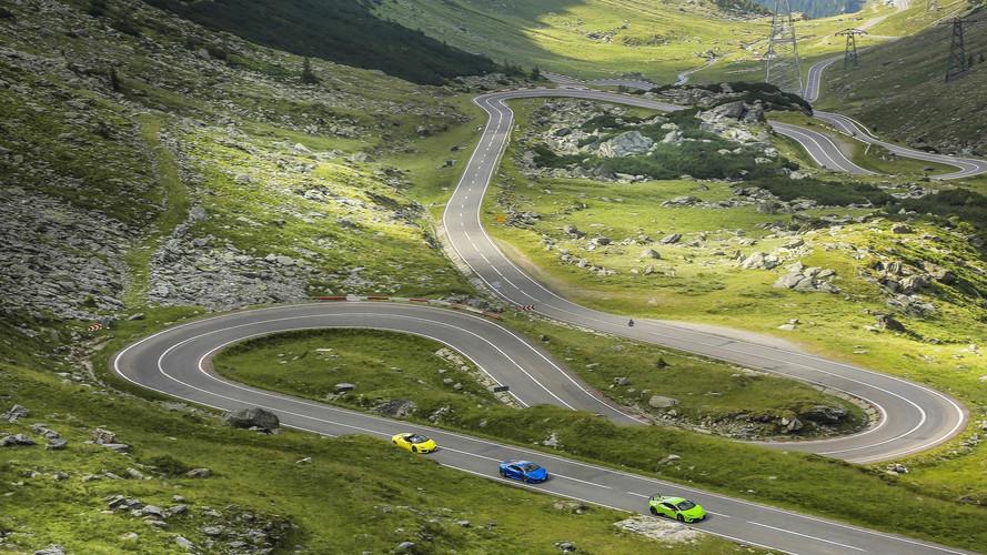 Altı Lamborghini muhteşem Transfagarasan yollarında