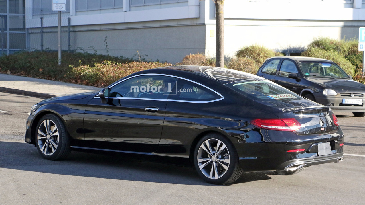 mercedes caught testing c class coupe with kinetic energy. Black Bedroom Furniture Sets. Home Design Ideas
