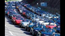 Mazda e il più grande raduno di MX5 per battere il Guinness World Record