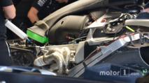 Mercedes, Engine cover bulge