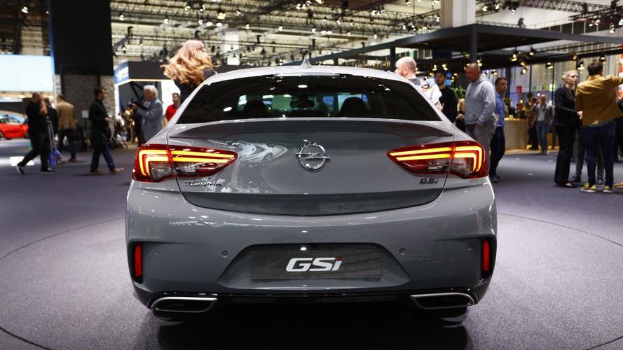 Opel Insignia GSi 260 bg'le Frankfurt'ta