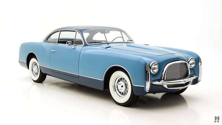Büyüleyici Chrysler Ghia Coupe satışta