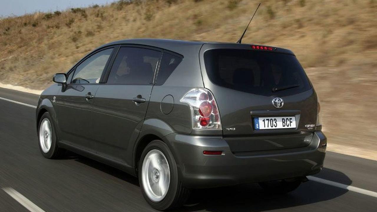 Toyota Corolla Verso | Ogłoszenia motoryzacyjne | Używane ...