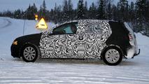 2013 Volkswagen Golf prototype winter testing spy photo