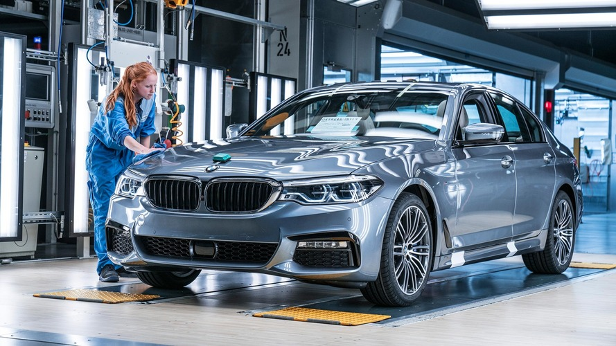 see how much the 2017 bmw 5 series costs in germany u k. Black Bedroom Furniture Sets. Home Design Ideas
