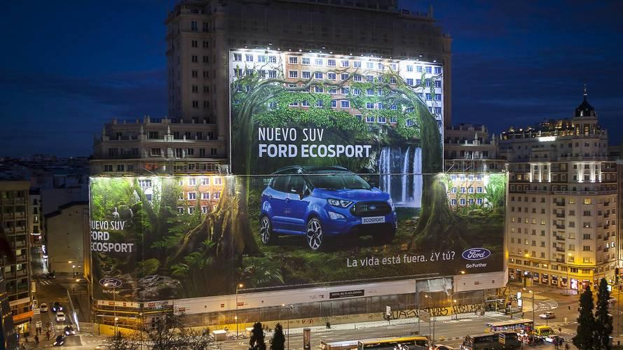 Ford'dan dünyanın en büyük reklam afişi