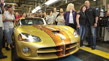 Last 2010 Dodge Viper coupe delivered on the production line 01.07.2010