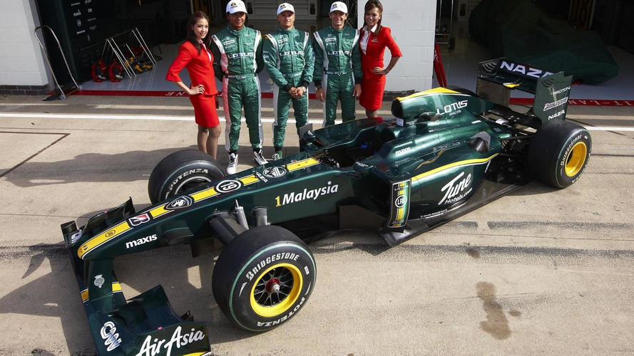 Lotus eyes same driver lineup for 2011 - Gascoyne