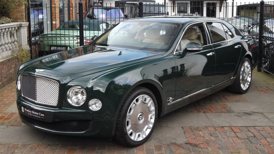 Bentley Mulsanne owned by Queen Elizabeth II goes up for sale