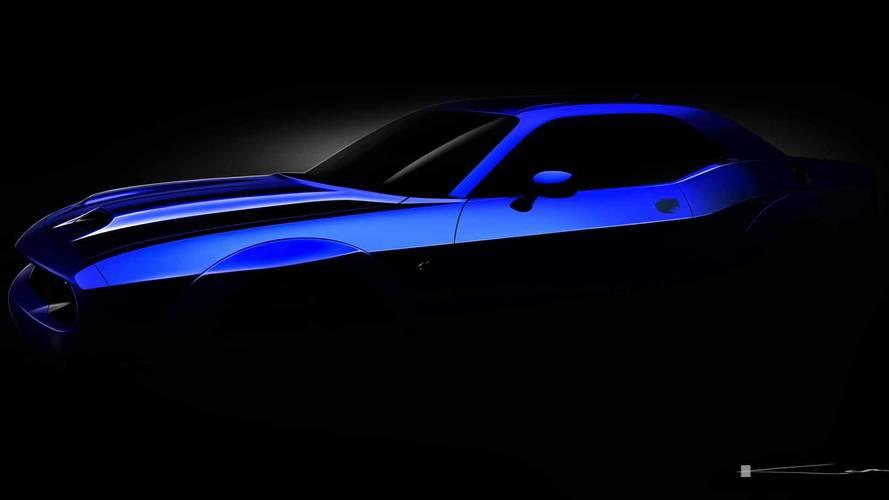 2019 Dodge Challenger SRT Hellcat teaser'ları burada