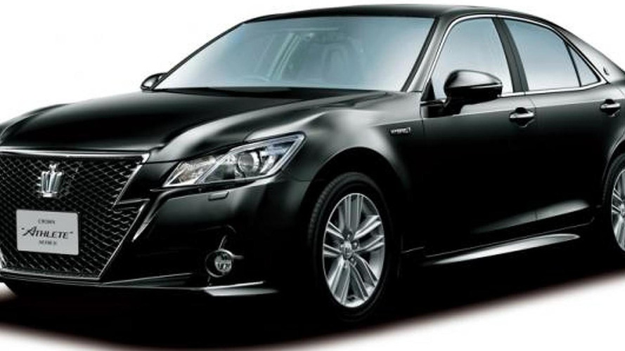 Toyota Crown Royal and Crown Athlete sedans reach 14th generation