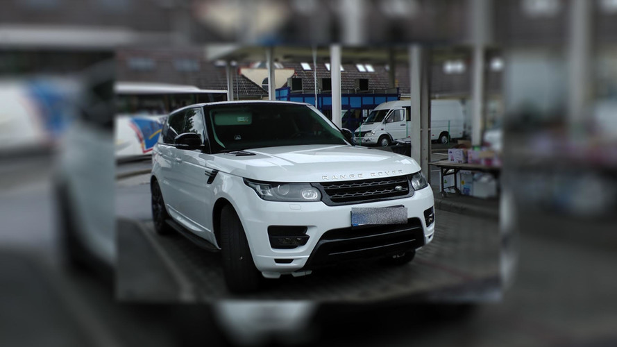 Körözött Range Rovert füleltek le Záhonynál