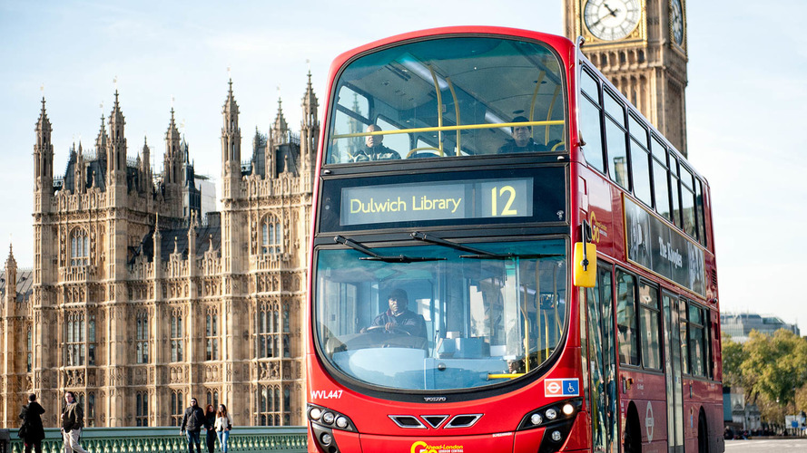 Government to spend £40m cleaning up diesel buses