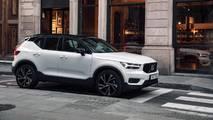 2018 Volvo XC40 D4 Momentum