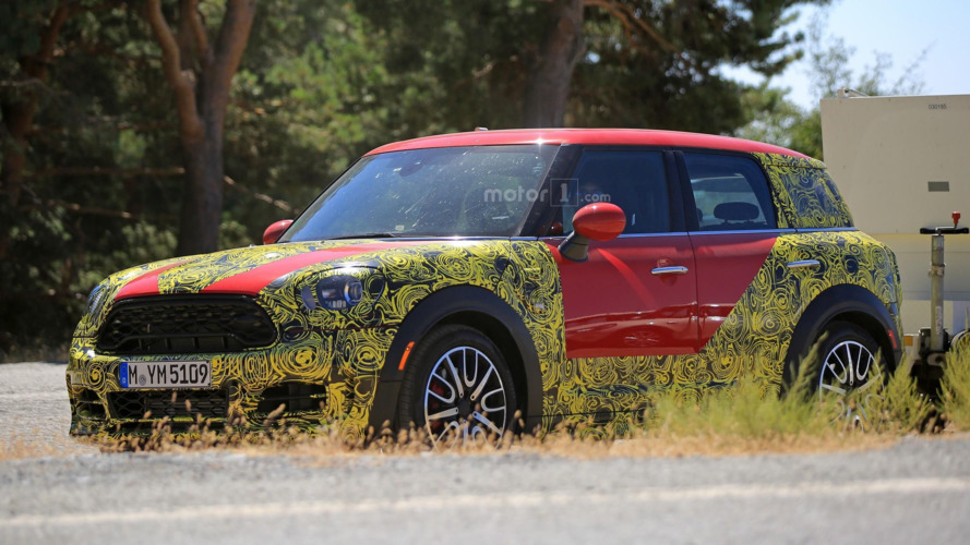 2018 Mini Countryman looks ready for Paris reveal