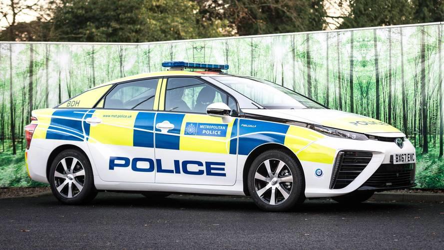 Des Toyota Mirai pour la police anglaise