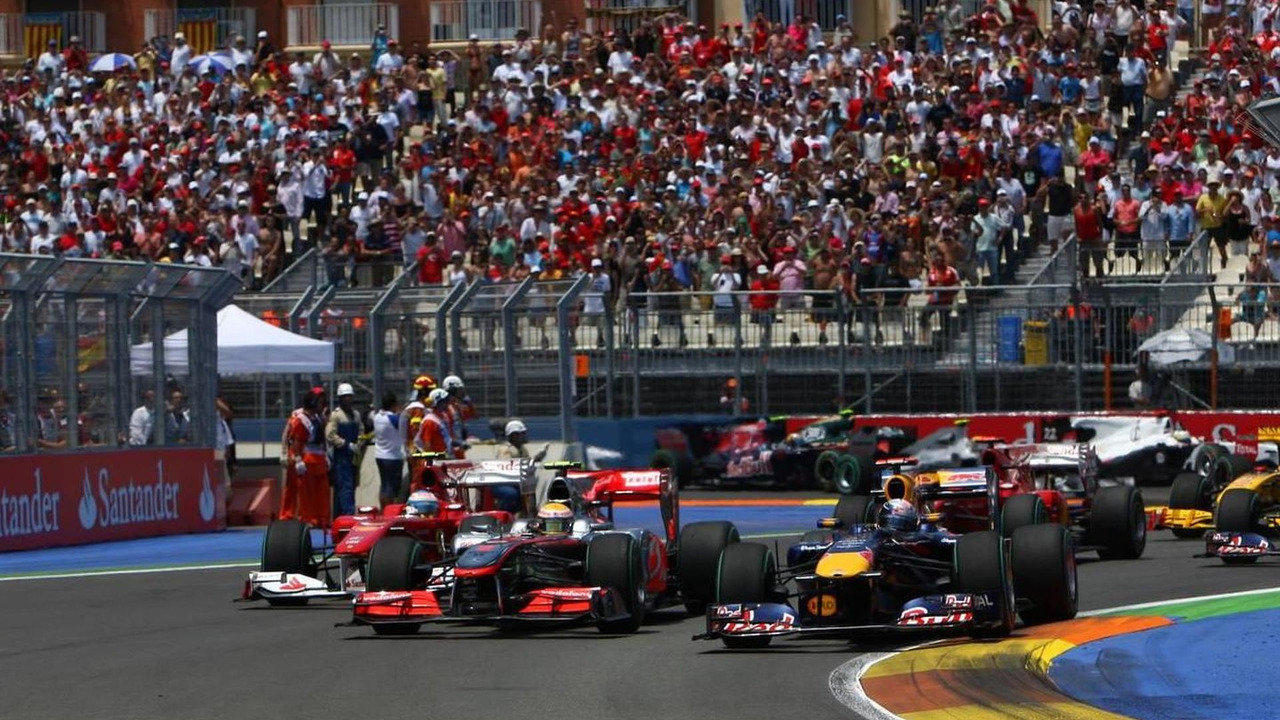 Start of the race, Lewis Hamilton (GBR), McLaren Mercedes and Sebastian Vettel (GER), Red Bull Racing - Formula 1 World Championship, Rd 9, European Grand Prix