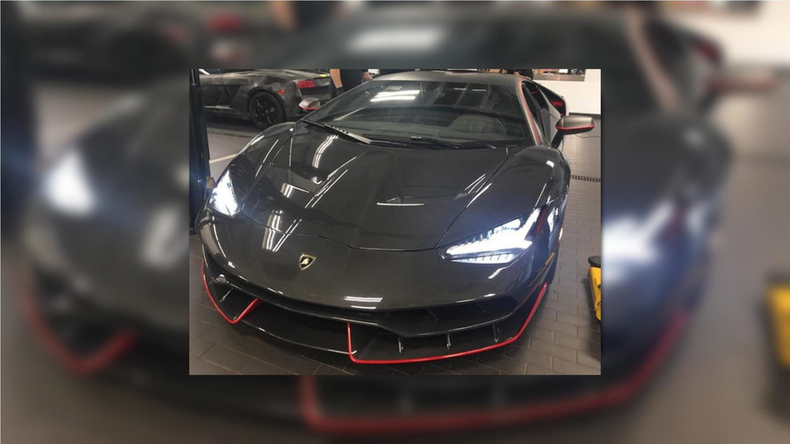 Lamborghini Centenario Red