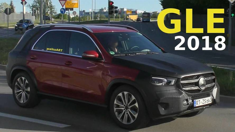 2019 Mercedes GLE with less camo screenshots from spy video