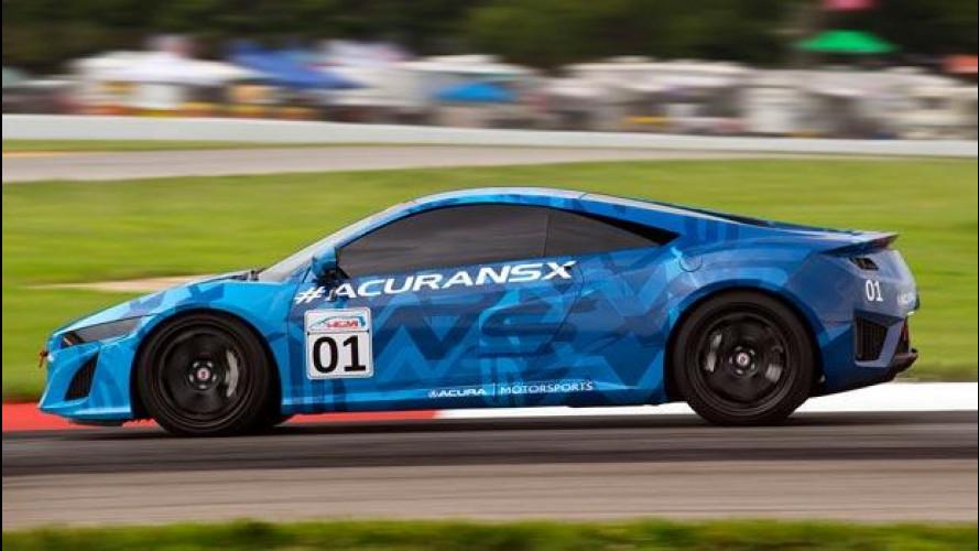 La nuova Honda NSX dà spettacolo in pista