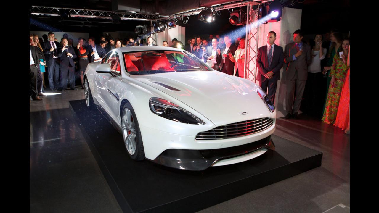Aston Martin Vanquish. Il debutto londinese