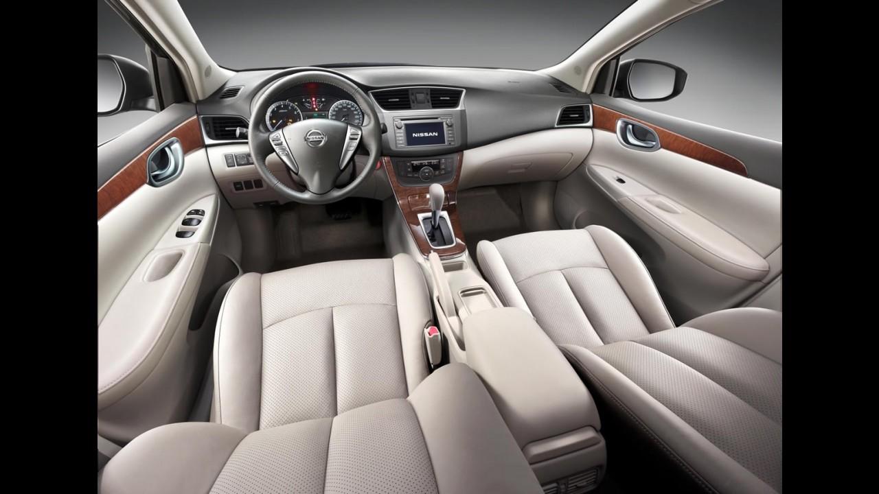 Nova geração do Nissan Sentra chegará ao Brasil apenas no ano que vem
