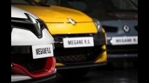 Megane RS 275 Trophy-R desbanca Cayman GTS e leva prêmio de esportivo do ano