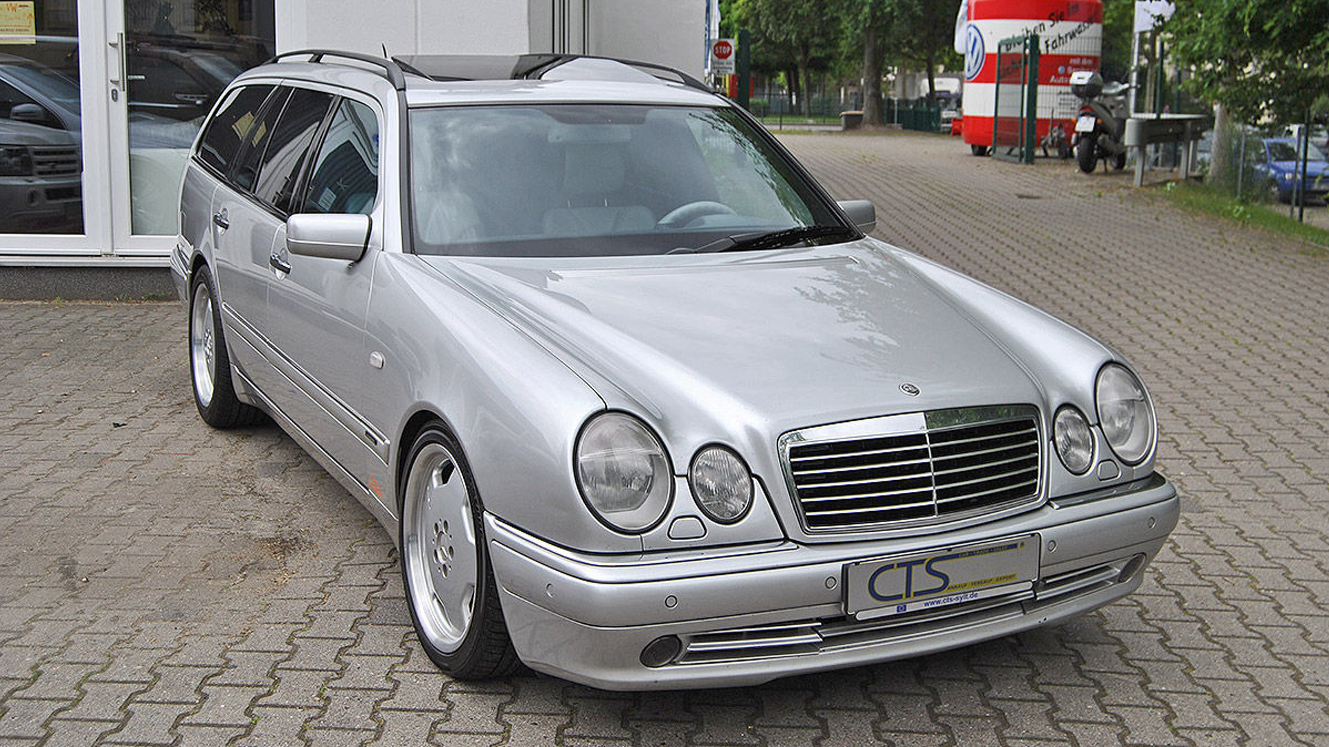 Mercedes amg e55 auto express mercedes e55 amg owned by michael schumacher for sciox Gallery