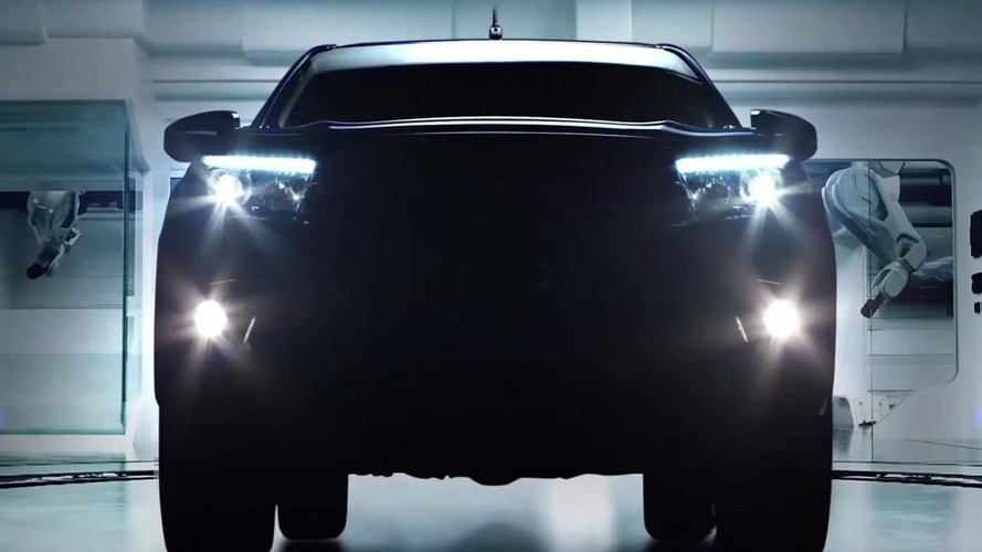 2016 Toyota Hilux Revo teased; engine lineup detailed [video]