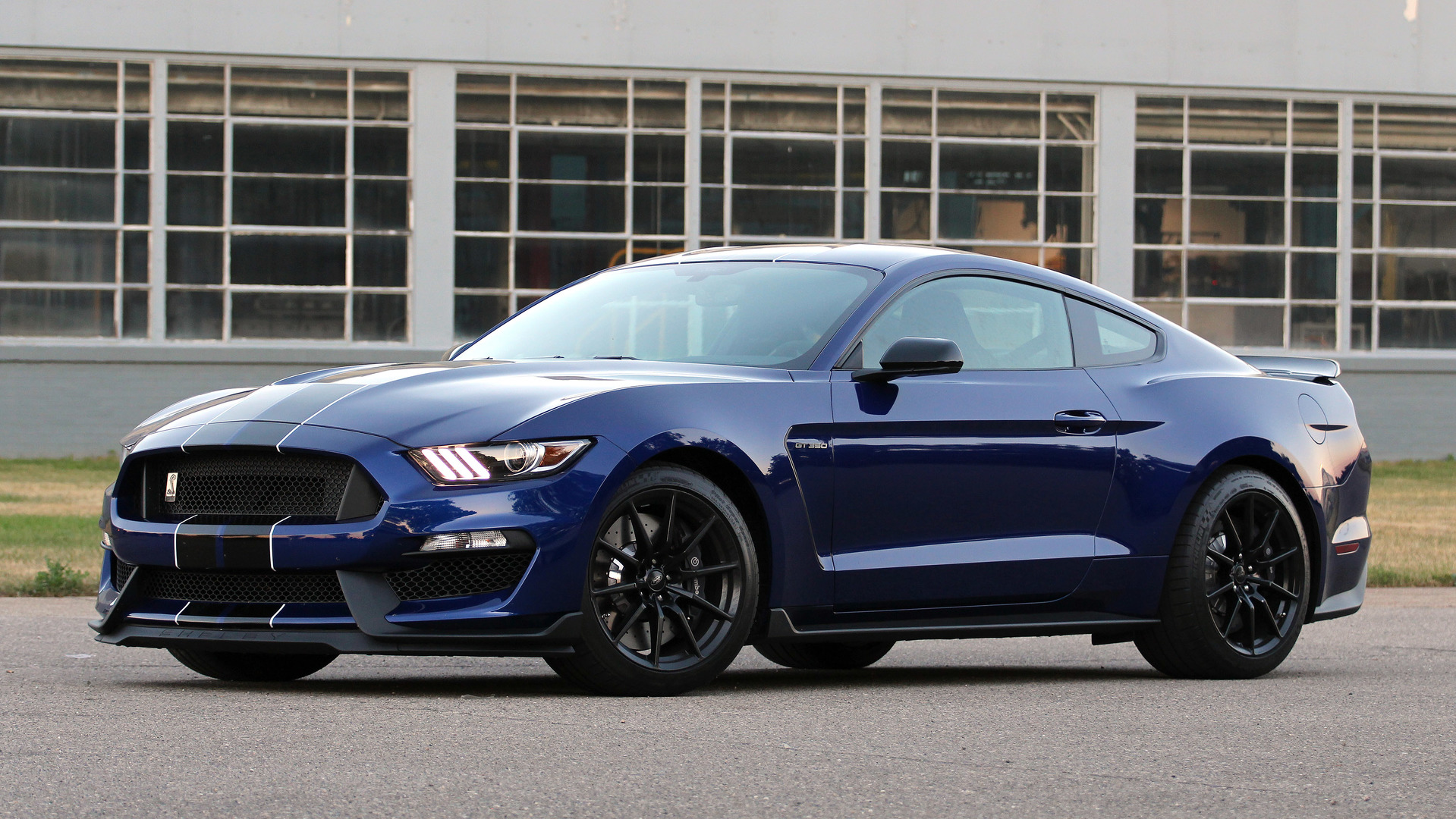 2017 Mustang Shelby Gt350 Black >> First Drive: 2016 Ford Shelby GT350 Mustang
