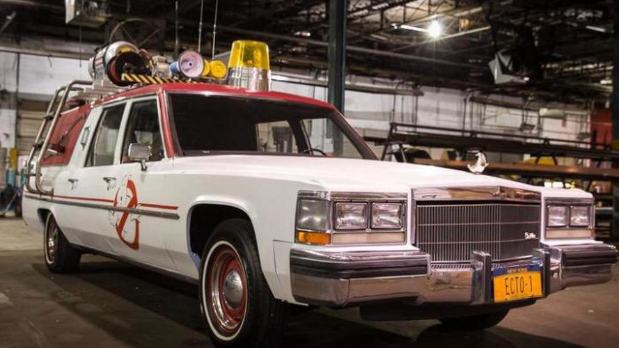 Paul Feig reveals the new Ecto-1 from the upcoming Ghostbusters movie